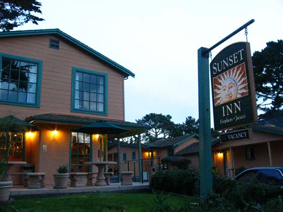 Sunset Inn Motel in Pacific Grove   near the shoreline at the tip of the Monterey peninsula   affordable, comfortable and quite